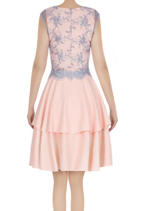 Elegancka sukienka damska Feero pudrowy róż z szarą koronką 3227